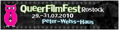 Schwarzer Hintergrund mit weißen Punkten, wie eine FIlmrolle, darauf: QueerFilmFest Rostock - 29.-31.07.2010 - Peter-Weiss-Haus2010