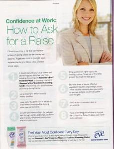 Anzeige aus dem Women's Day Magazine für summer's eve – Unter der Überschrift Confidence at Work: How to ask for a raise kommt als erster Tip, den Tag mit einer Dusche zu beginnen, inklusive Intimwaschlotion, sowie eine Packung Intimwaschtücher für zwischendurch einzupacken