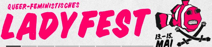 Grauer Banner mit pinker Aufschrift: Queerfeministisches Ladyfest, daneben ein pinker Clownfisch