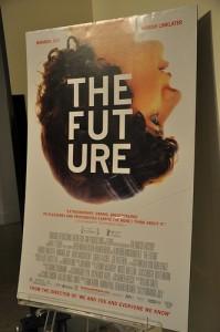 """Foto eines Filmplakats für Miranda Julys """"The Future"""", aufgenommen und auf flickr veröffentlicht von 92YTribeca"""