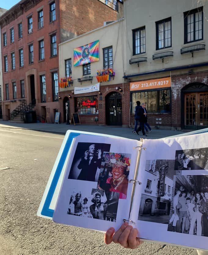 Protagonist*innen des Stonewall Aufstands, unter anderem Marsha P. Johnson und Sylvia Rivera.